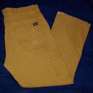 Distressed dickies carpenter pants size 38×30. Con